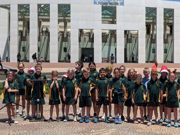 Junior_Choir_parliament_house_B.jpg